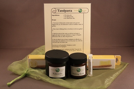 D.I.Y. Tandpasta met Bamboe Humble Brush tandenborstel
